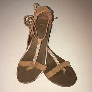 Sanuk lace up sandals!